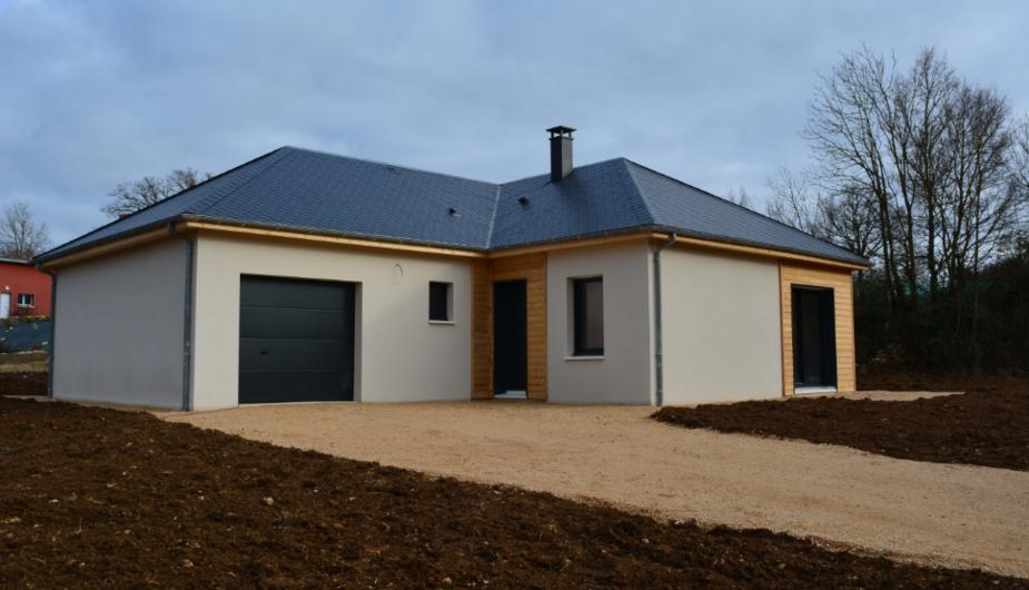 Une Nouvelle Construction De Maison NATILIA De Plain Pied à BERTHOLENE | Natilia Rodez
