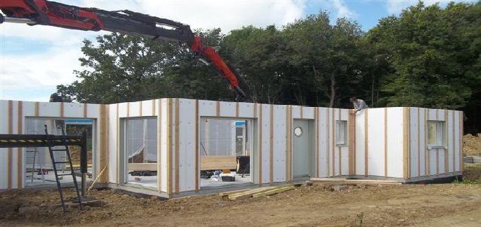 Constructeur maison bois le mans natilia for Maison container reportage m6